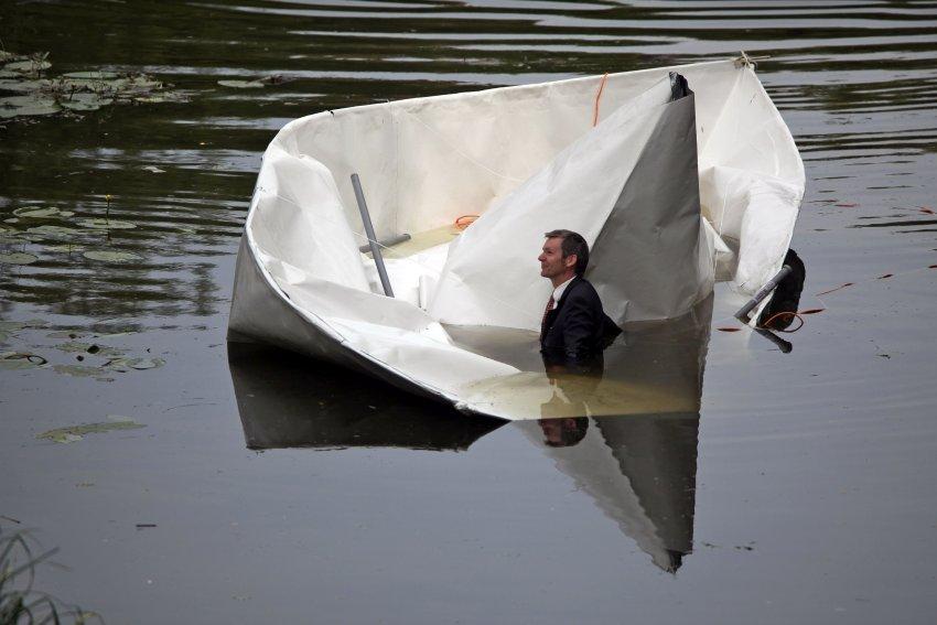 лодка из бумаги фотографии