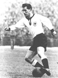Вальтер немецкий футболист 30- х годов